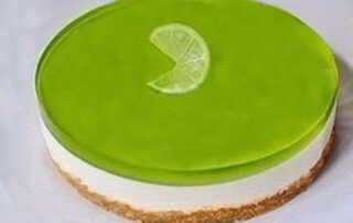 Kiwi Jelly Cake with Sour Cream Recipe